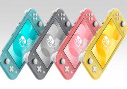 Roze 'coral' Nintendo Switch Lite onderweg